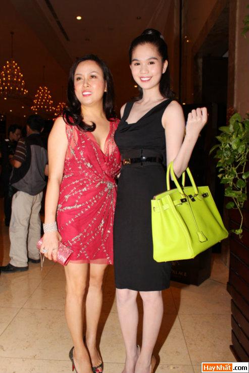 Hoa hậu Ngọc Trinh khoe nét đáng yêu 6