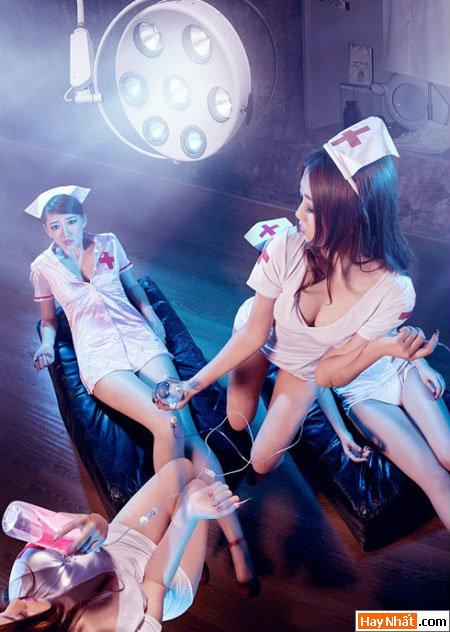Hết hồn đêm Halloween với những nàng y tá sexy 2014 1