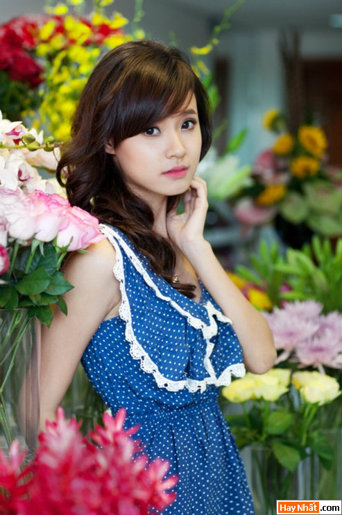 Hot girl Midu rạng rỡ đón sinh nhật 4