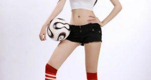 Hot girl Elly trong trang phục thể thao