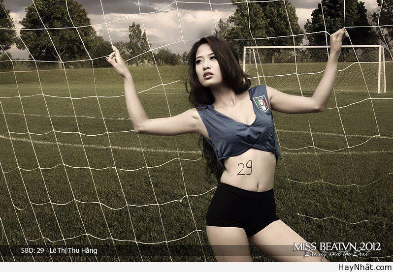 Người đẹp & Euro 2012 (Part 6) 3