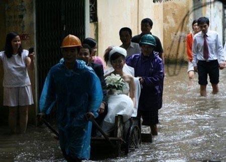 Chỉ có ở Việt Nam - Ảnh vui vợ chồng 10