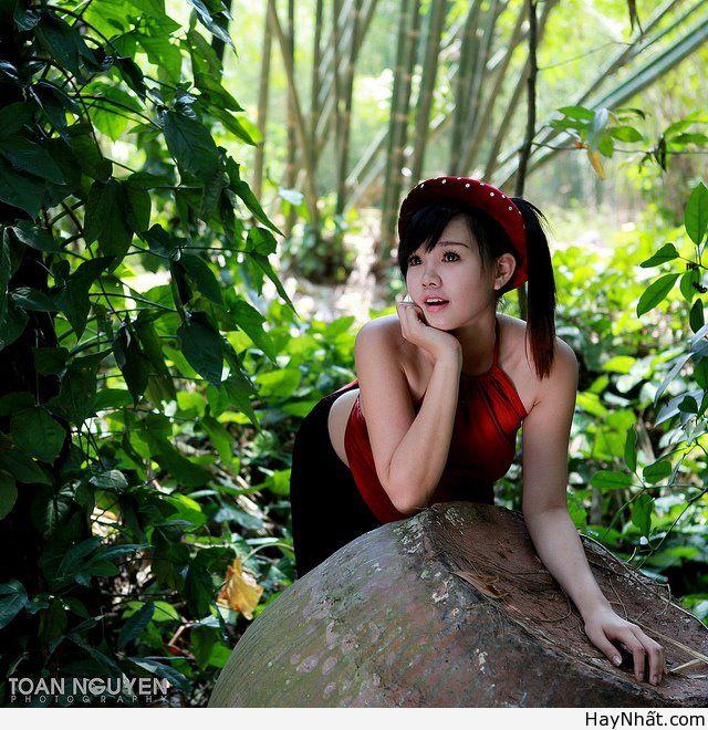 Album Thôn Nữ Mẫu: Nguyễn Ngọc Hoài Thiên Sn: 1992 Nickname: SiSi Sky