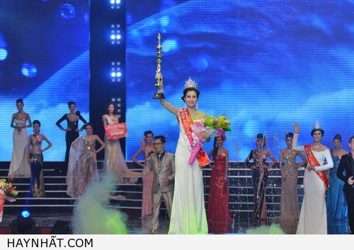 Hình Ảnh Đẹp Nhất Của Hoa Hậu Việt Nam 2012 25