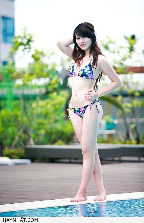 Miss Teen Thu Hà Nóng Bỏng Với Bikini 8