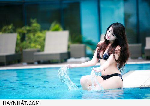 Miss Teen Thu Hà Nóng Bỏng Với Bikini 2