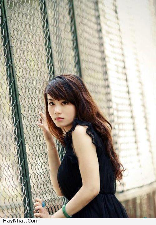 Hotgirl Linh Miu với nụ cười rạng rỡ 3