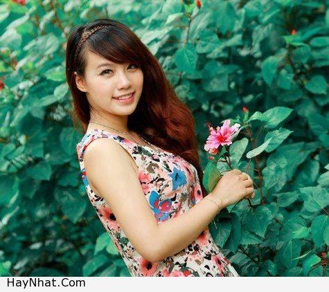 Hotgirl Linh Miu với nụ cười rạng rỡ 4